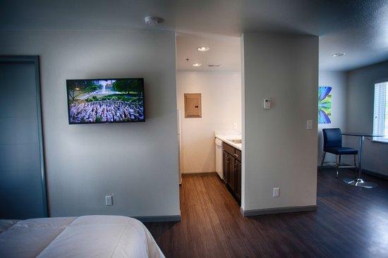 Saint Robert, MO: Apartment7