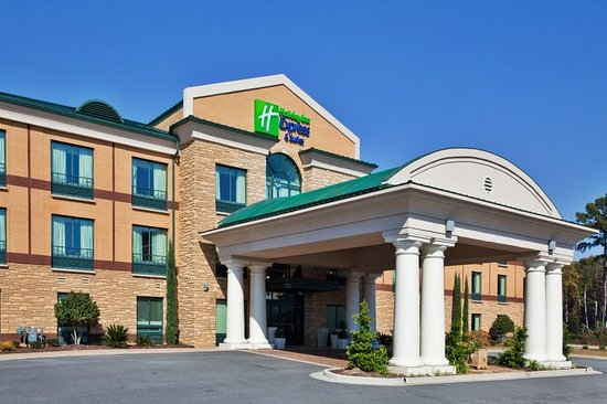 Holiday Inn Express Hotel & Suites Macon West: Hotel Exterior