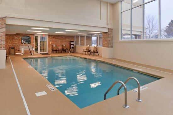 Swimming Pool Picture Of Holiday Inn Overland Park Conv Ctr Overland Park Tripadvisor