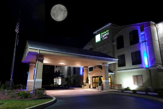 Plymouth, IN: Welcome to the newly remodeled Holiday Inn Express & Suites