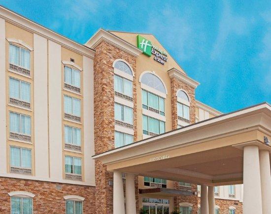 Holiday Inn Express Columbus at Northlake: Hotel Exterior