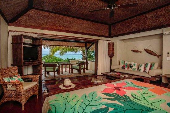 Pacific Resort Aitutaki: Directory Premium Beachfront Bungalow Interior
