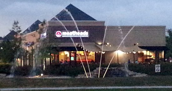 Oak Lawn, IL: front of, outdoor patio and fountain at Meathads