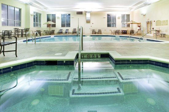 Holiday Inn Hotel Suites Beckley