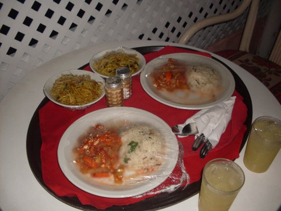 Barbados Beach Club: Our specially prepared vegetarian meals were delightful