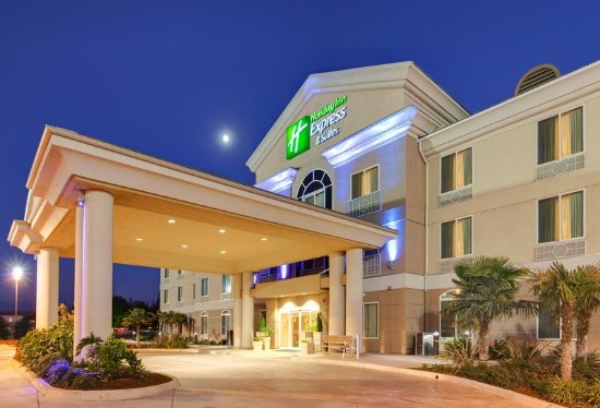 Holiday Inn Express Hotel & Suites Porterville: Hotel Exterior: Holiday Inn Express & Suites : Porterville