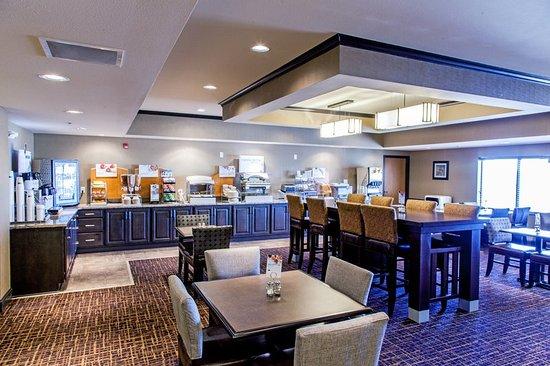 Holiday inn express yankton hotel dakota del sud prezzi for Noleggio di yankton south dakota