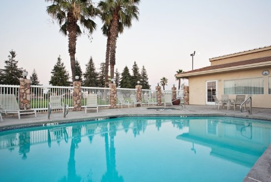 Corning, CA: Swimming Pool