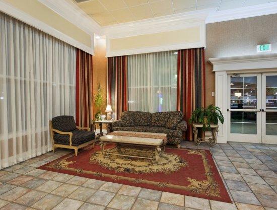 Corning, CA: Hotel Lobby