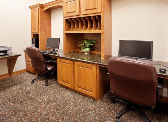 Mansfield, TX: Business Center