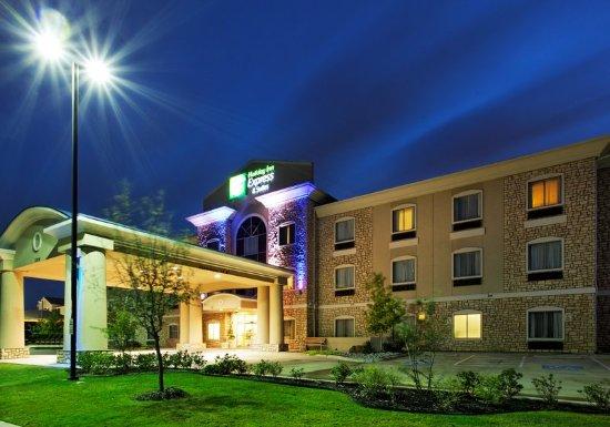 Mansfield, TX: Hotel Exterior