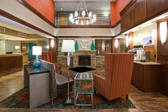 Сент-Клауд, Миннесота: Great Room at the Holiday Inn Express & Suites St. Cloud