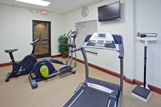 Holiday Inn Express College Station: Fitness Center