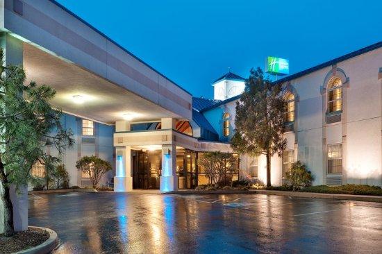 Elizabethtown, PA: Hotel Exterior