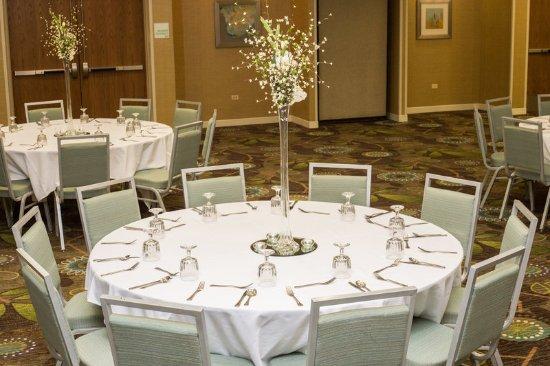 Bolingbrook, IL: Conference Room