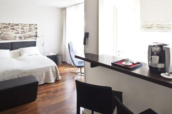 โรงแรมอ็อตโต: Studio