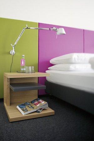 โรงแรมอ็อตโต: Standard