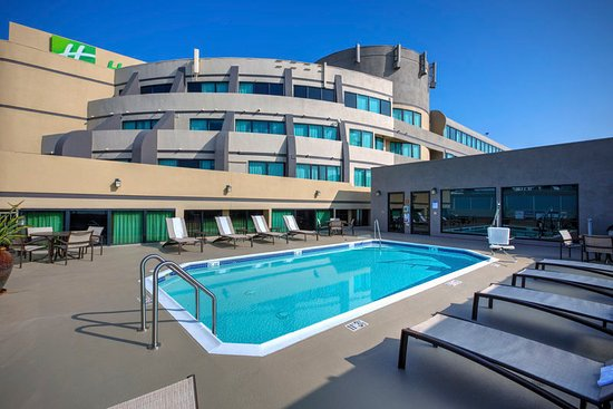 Holiday Inn Hotel & Suites Anaheim - Fullerton: Outdoor Swimming Pool
