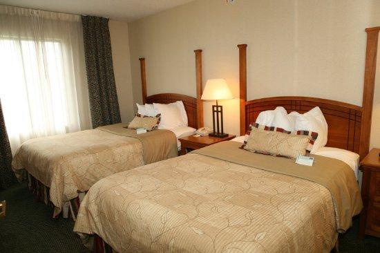 Utica, ميتشجان: Double Bed Guest Room