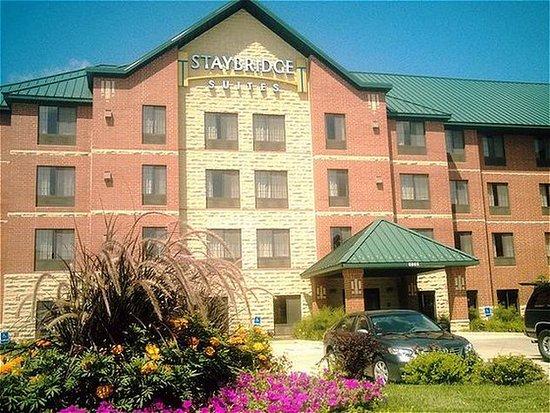 West Des Moines, IA: Hotel Exterior