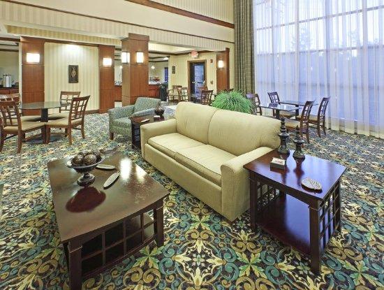 Rogers, AR : Lobby Lounge