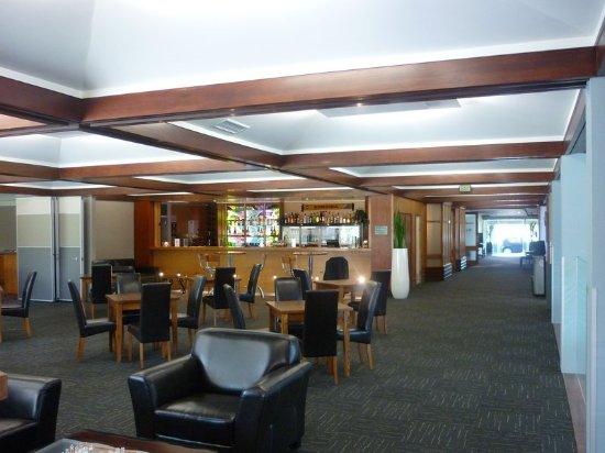 Ashburton, New Zealand: Clearwater Bar & Lounge area