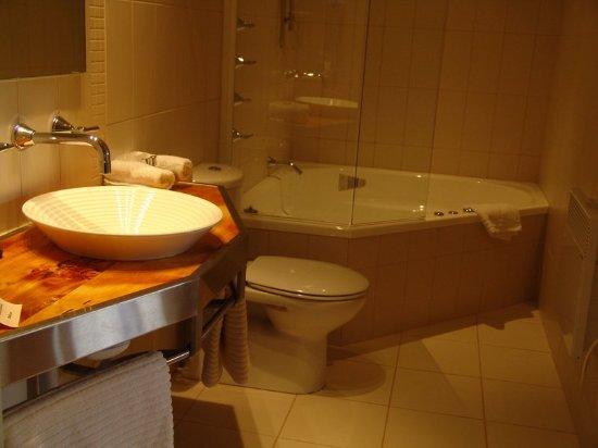 New Norfolk, Αυστραλία: Spa bathroom