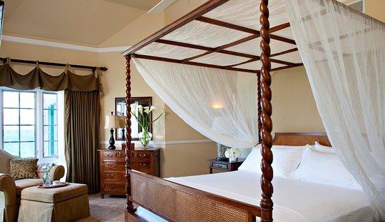 Point Grace: Ocean Front Suite - Master Bedroom