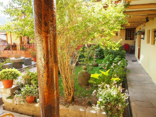 Amaru Hostal: deuxieme patio