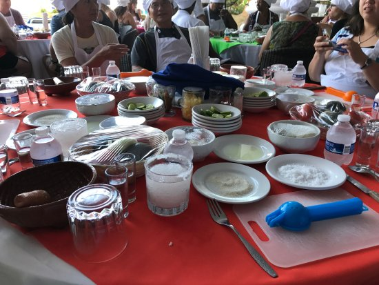 Salsa Mazatlán: our preparation table