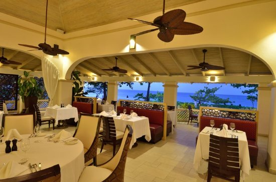 Spice Island Beach Resort: Oliver's Restaurant