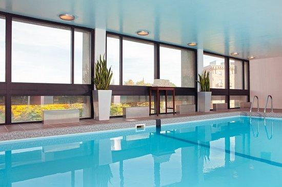 Newton, MA: Swimming Pool