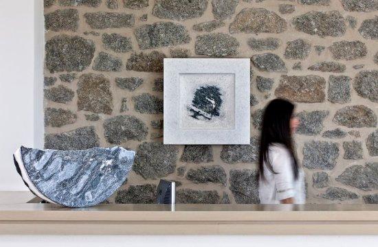 Άγιος Προκόπιος, Ελλάδα: Reception