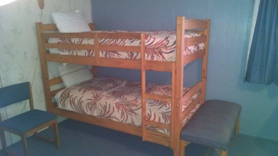 Big Bear Motel: Bunk beds in the family suite