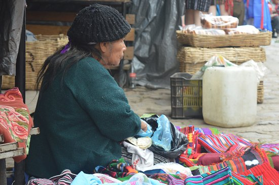 Mercado de Chichicastenango: Las personas cuentan historias