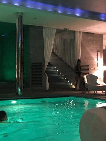 Les bains de lea paris all you need to know before you for Bains de lea paris