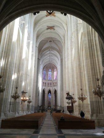 Cathédrale de Saint-Pierre et Saint-Paul : IMG_20170922_124623_large.jpg