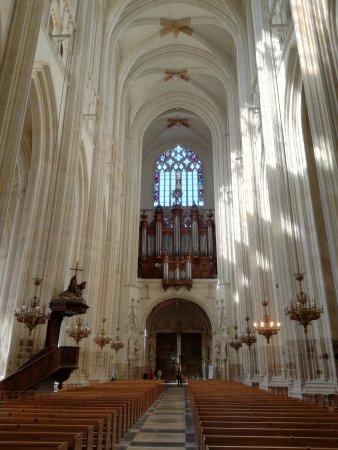 Cathédrale de Saint-Pierre et Saint-Paul : IMG_20170922_124255_large.jpg