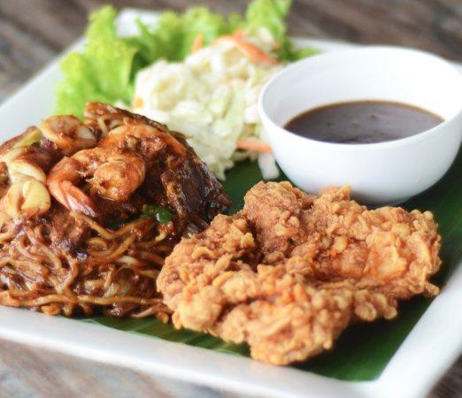 Restoran Seri Keningau: MEE GORENG RAJA SULU