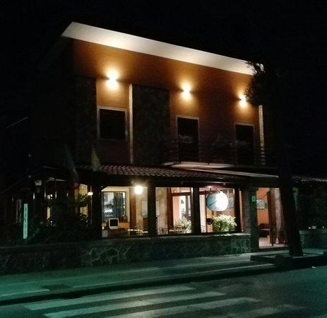 Hotel Alle Pendici Dell'Etna: IMG_20170922_204739_large.jpg