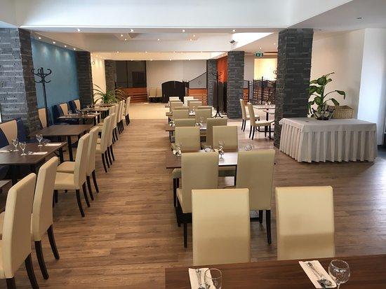 Myjava, سلوفاكيا: pekny interier restauracie