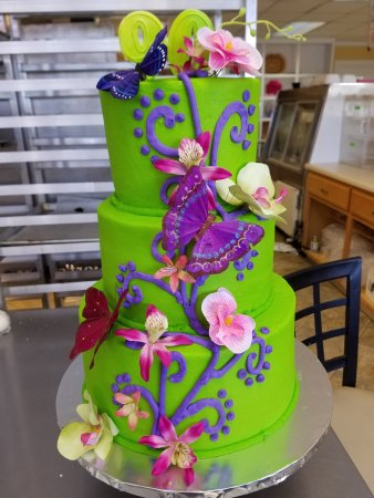 Richmond, KY: We make all kinds of cakes