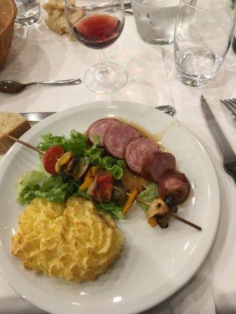 Bois d'Amont, فرنسا: La saucisse de Morteau: excellente !