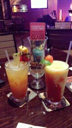Hard Rock Cafe : IMG-20170924-WA0160_large.jpg