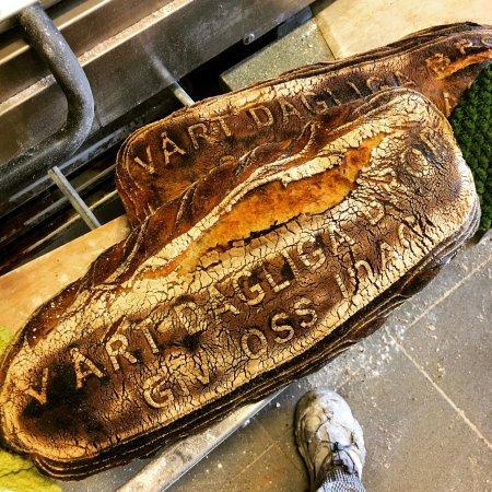 Vårt stora dagliga bröd, behöver beställas