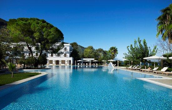 Mitsis Galini Wellness Spa & Resort: Hotel overview