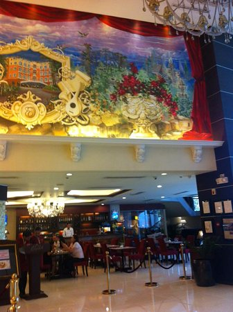 Hotel Elizabeth Cebu: Good buffet breakfast - delicious, appetizing food with several varieties to choose from.