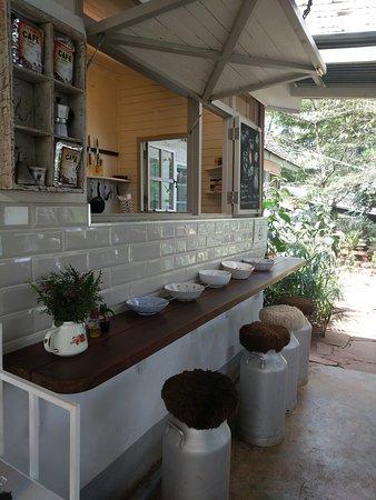 Tin Roof Cafe: TA_IMG_20170925_135954_large.jpg