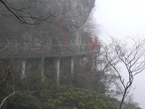 how to get to tianzi mountains zhangjiajie