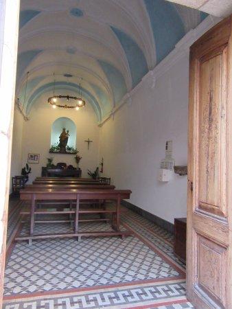 Capilla de la Mare de Deu del Socors: l'interieur de la chapelle